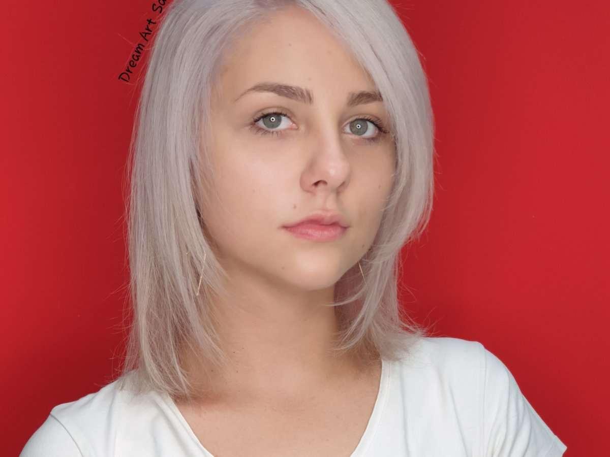 white hair olaplex 1